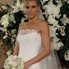 Чипка и класичен крој за новите венчаници