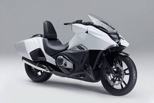 Honda-Unveils-Two-Japanimation-Motorcycles-01