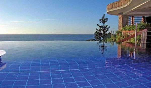 images_statii_zabava_najspektakularnite-bazeni_bazenite-od-koi-nema-da-izlezete-02