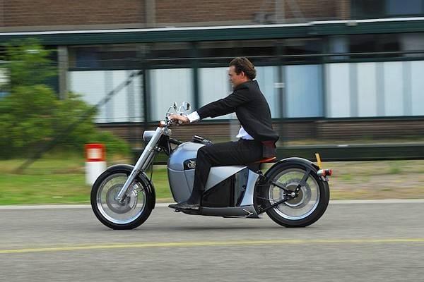 luksuz-motori-elektricni-motocikl-orphiro (8)