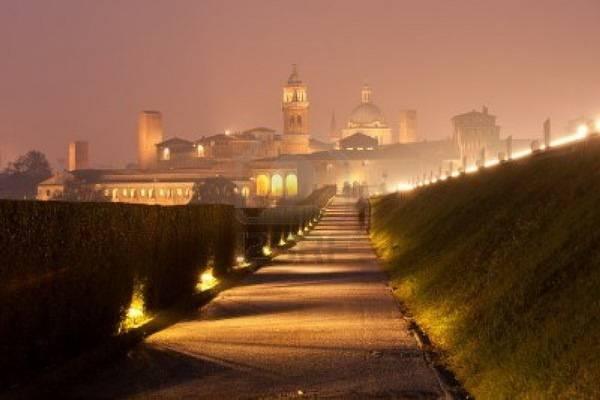 luksuz-destinacija-odmor-putovanje-italija-lombardija-nova-godina (1)