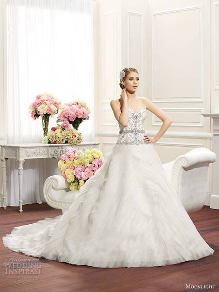 moonlight-couture-fall-2014-wedding-dress-h1266-front-view