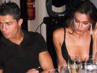 Роналдо праќа голи слики од обожавателки