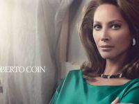 """Кристи Тарлингтон во акција:) Накитот на Роберто Коин нејзина """"следна дестинација"""""""