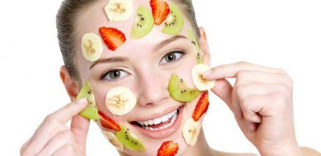 Бананата – драгоцена храна за вашата кожа