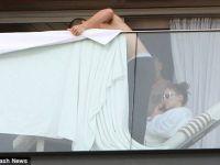 Љубовниците се кријат со пешкир! Џеј Ло му најде работа на Каспер