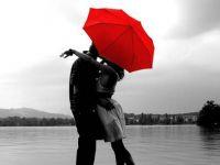 Среќата е за храбрите, љубовта за оние што веруваат…