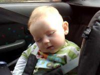 Мора да го видите најслаткото бебе хит на You Tube