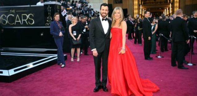 Џенифер Анистон и Џастин Теру го одредиа датумот на венчавката