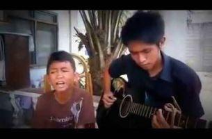 Ангелски вокал: Момче со неверојатен глас