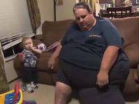 Тежок како тенк: Се здебелил откако му ја убиле жаната, па ослабел 190 килограми