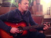Даниел Кајмакоски: Сите песни и ги посветувам на мојата мајка!