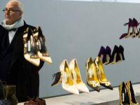 Маноло Бланик: Кондурите со платформа ги прават жените неубави!