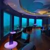 Погледнете го неверојатниот подводен ноќен клуб на Малдивите