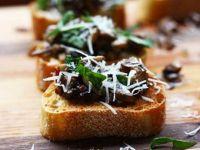 Брускети со печурки