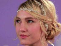 Свадбена фризура со аксесоар во косата (Видео)