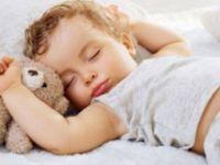 Што кога детето ви има проблеми со спиењето?