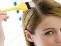 Како најлесно да ги отстраните дамките од боја за коса од кожата?