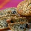 Интегрални мафини со сирење, зелени маслинки и кашкавал