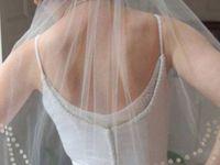 Што всушност се крие зад трите најголеми свадбени традиции…