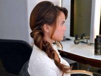 Летна фризура за оние кои не се вешти со рацете: Јастог плетенка