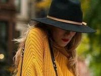 Модни комбинации во окер боја