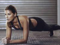 Оваа вежба ќе ви помогне да направите профи стомачни, а можете да ја правите и дома (Видео)