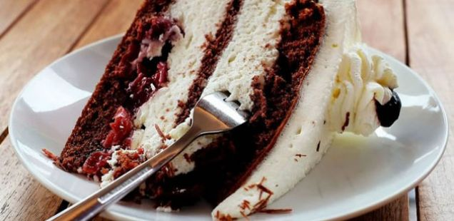 Посна бела торта
