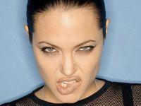 Анџелина Џоли користи црна магија против Бред Пит?