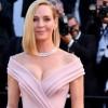 Деколте кое мами погледи: Титулата за најсекси актерка на црвениот тепих замина кај Ума Турман