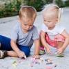 Дознајте: Дали е потешко да одгледувате момче или девојче
