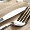 Како дa го исчистите сребрениот накит и прибор за јадење за само 5 минути!