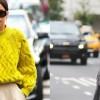 Како да ги комбинирате вашите омилени есенски џемпери