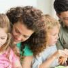 Вистина е, признале или не: Родителите имаат омилено дете!