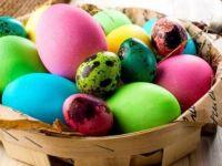 Дознајте: Зошто си подаруваме и зошто се кршиме со јајца за Велигден