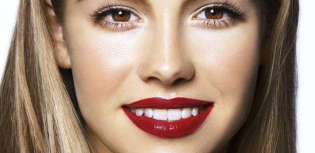 Со помош на шминка направете носот да ви изгледа потесен (Видео)