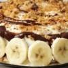 Вкусна торта со банани и бисквити, без печење