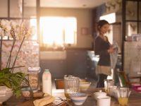 Откриваме како брзо и лесно да ги исчистите садовите и калапите за печење