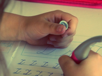 Дали вашето дете е лош ученик? Има многу причини, а една е СИГУРНА