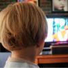 Децата колку повеќе гледаат телевизија, толку помалку им веруваат на другите