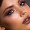 Познатата шминкерка открива: Со помош на овој трик, усните ќе ви изгледаат поголеми! Потребни ви се само овие ДВЕ РАБОТИ!