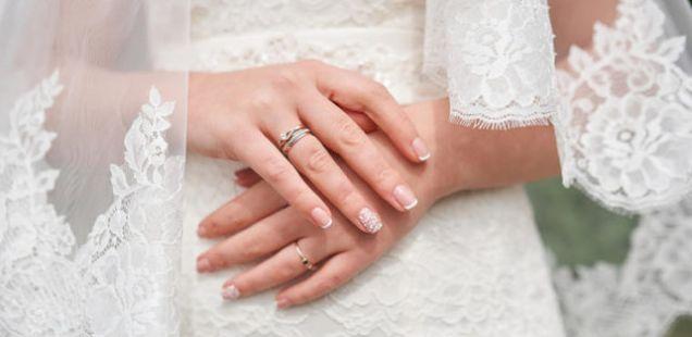 Нокти достојни за големиот ден: Најдете ја инспирацијата за вашата венчавка!