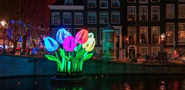 ФЕСТИВАЛСКА МАГИЈА ВО АМСТЕРДАМ: Еве зошто главниот град на Холандија во моментов е најпосетениот град на светот