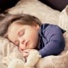 Трикови за подобар попладневен сон: За бебето е важен колку и ноќниот…