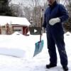 ОДЛИЧНА ИДЕА ЗА ЛЕСНО И БРЗО ЧИСТЕЊЕ НА СНЕГ: до чиста патека во дворот без болка во грбот со помош на лопата и канап