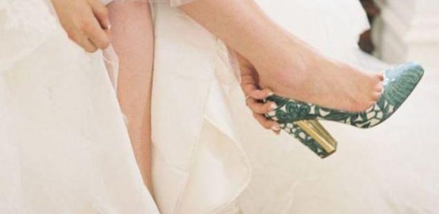 Чевли за венчавка: 10 модели на совршени чевли во боја