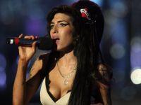 По речиси осум години од смртта, се појави нова песна со гласот на Ејми Вајнхаус