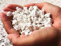 Ако на оваа слика гледате пуканки, тогаш вашите очи ве лажат- станува збор за песок од една позната плажа