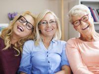 Во еден момент во нашиот живот, сите ние се претвораме во нашите родители: Кога и зошто се случува ова?