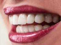Сакате здрави заби и непца? Во виното е спасот!
